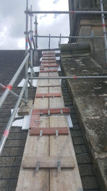 Platelages pour accès aux toitures du monument